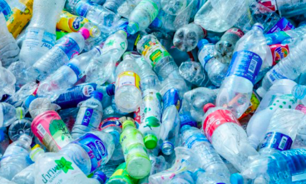 Scientists have made biodegradable plastic from sugar & carbon dioxide